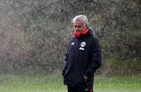 Essien Sebut Tidak Adil Jika Mourinho Didepak dari Tim