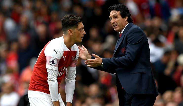 Emery Mengatakan Ozil Berpeluang Main Lawan Chelsea