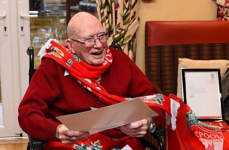 Klopp Mengajak Kakek 104 Tahun Ke Anfield