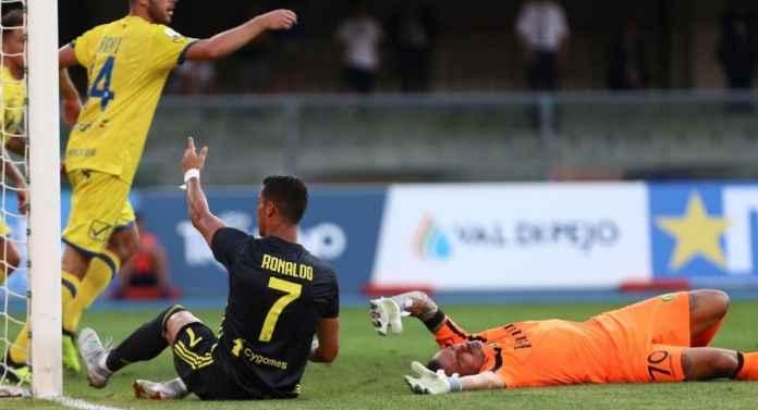Ronaldo Dinilai Perlu Belajar Eksekusi Penalti Pada Lionel Messi