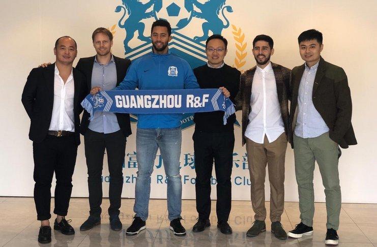 Spurs Lepaskan Dembele ke Klub China