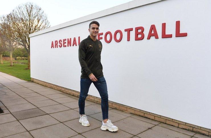 Emery Ungkap Alasannya Tak Jadikan Suarez Starter
