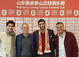 Fellaini Bergabung ke Shandong Luneng Usai Hengkang dari Manchester United
