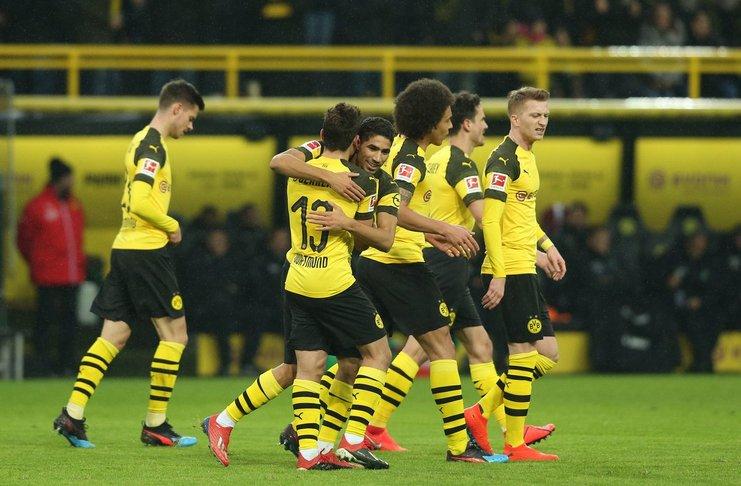 Pizzaro Sarankan Dortmund Harus Bisa Atasi Tekanan Di Puncak