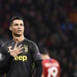 Ronaldo Membusungkan Dadanya Kepada Fans Atletico