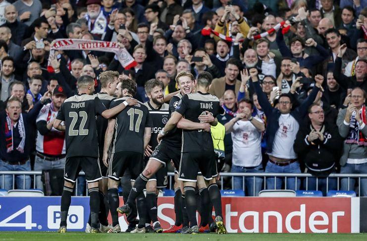 Ajax Pesta Gol ke Gawang Real Madrid di Santiago Bernabeu