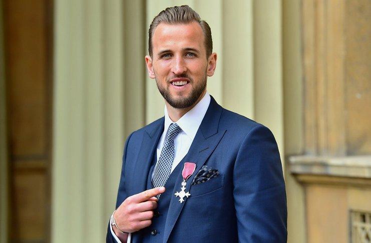 Kane Diberikan Penghargaan dari Kerajaan Inggris