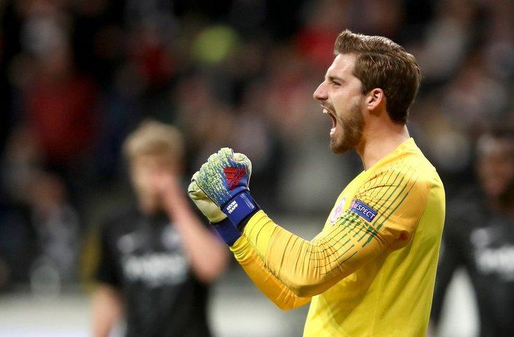 Kiper Frankfurt Puas Bisa Membuat Inter Tidak Dapat Mencetak Gol