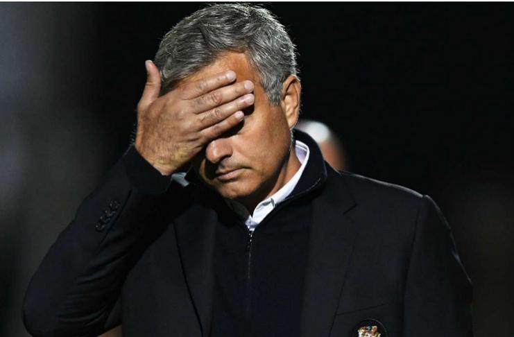 Mourinho Diminta Mengevaluasi Dirinya Usai Dipecat United