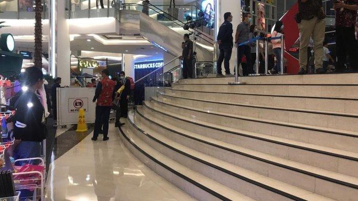 Seorang Wanita Tewas Bunuh Diri di Emporium Pluit Mall